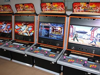 动漫城游戏机回收销售之格斗机
